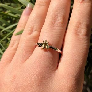 🐝NWOT Two Tone Silver Yellow Gold Been Ring 🐝